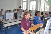 <h5>Der Informatik-Raum</h5><p>Zwei Computerräume bieten insgesamt 32 Schülerarbeitsplätze.</p>