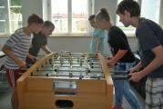<h5>Der Freizeitraum</h5><p>Spielmöglichkeiten für die Mittagspausen im Ganztag bietet der Freizeitraum.</p>